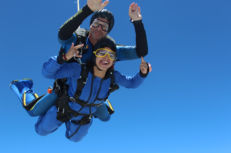 1800SKYDIVE
